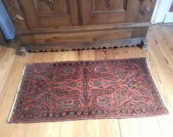 Antique Sarouk rug 4.1 x 2.1 ft 124 × 63 cm