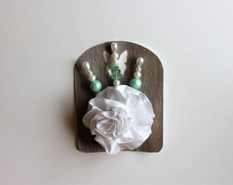 White and Green Decorative Stick Pin Sets For Scrapbooking, Mini Albums, & Card Making