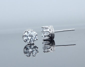 S925 Sterling Silver Crown Shaped Stud Earrings with Cubic Zirconia Stone