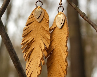 Spring leather earrings - feather - leather earrings - hippie - boho