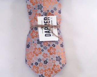 "Men's grey,black, and orange floral tie (4"")"