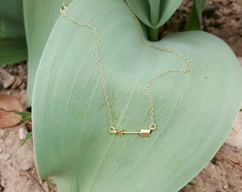Gold Arrow Necklace- Matte Gold Arrow- 14k gold filled chain- Dainty Gold Necklace- 《the Penny》