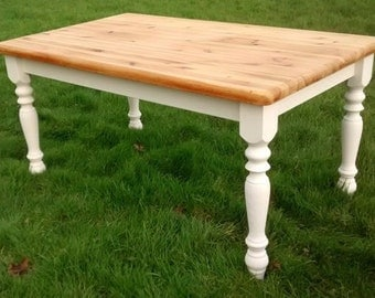 Lovely Pine upcycled Table