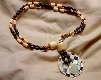 Beaded Shell Focal 2-Way Necklace
