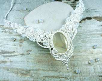 Wedding jewelry, wedding necklace, necklace for Brides, macrame necklace with agate, white necklace, macrame, macrame necklace