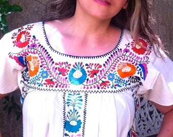 Mexican Embroidered Dress , hippie floral,Manta embroidered dress, Frida Kahlo Dress, clothing, chic flowers, Shipping ALL the world.