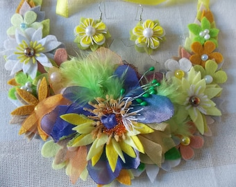 Bib Necklace and earrings bead embroidery. Felt necklace. Multicolor. Yellow, orange and violet felt flowers necklace