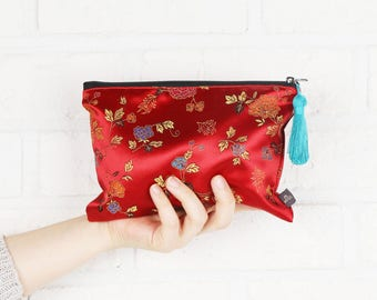 Hanbok Tassel Pouch_Red, Korean traditional costume fabric Makeup Pouch  Makeup Bag Cosmetic Pouch Cosmetic Bag Makeup Organizer