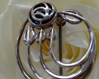 Vintage Sterling Silver Rennie Mackintosh Inspired Glasgow Rose Brooch - Boxed.  Special Offer
