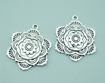 10pcs 29mm Antique Silver Flower Charm Pendants Z1575