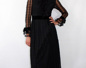 Vintage 1890/1900 Exclusive Black All Over Lace Maxi Dress