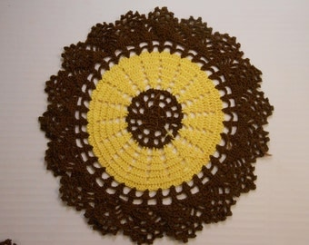 Vintage Doilies (Set of Two)