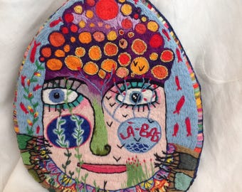 Embroidery The girl with the mousy hair