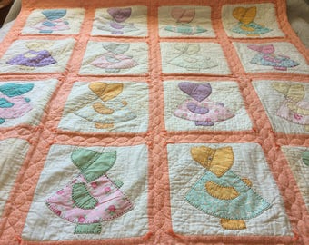 Vintage Sun Bonnet Sue quilt / hand quilted / hand appliqué / oversized twin bed / orange print / 1930s-1940s fabric / reproduction fabric