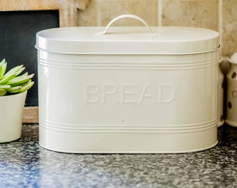 Lovely Vintage Style Cream Tin Bread Bin