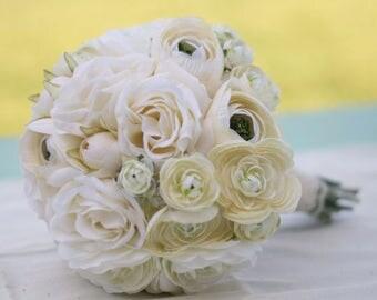 Silk Bride Bouquet Cream Roses Ranunculus (1018)