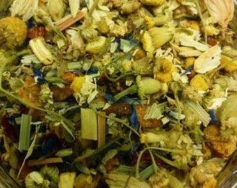 Relaxing countryside chamomile hand blended loose leaf tea. Perfect gift for tea lover/foodie
