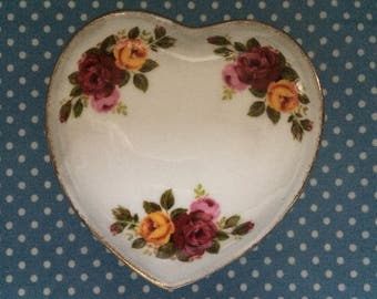 Cottage Rose Fine Bone China Heart Shape Trinket Pot