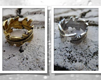 Feathers Rings ... Empowering Jewelry Gold or Silver Tone One Size Band Ring Bohemian Boho Indie Urban Women Men Alloy