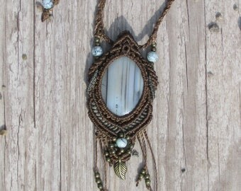 adjustable Brown necklace with gemstone agate and different beads with leaf pendant