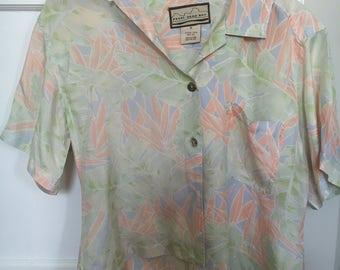 Silk pearl head bay blouse