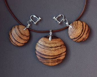 Pendant and earrings from Zebra wood