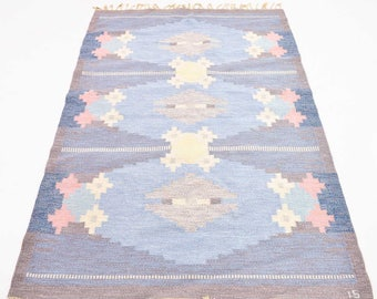 VINTAGE Handwoven Flat Weave Rug - Designed by Ingegerd Silow - Signed IS - 205cm x 139 cm (6.72ft x 4.56ft)