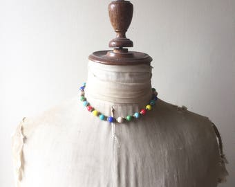 1930s coloured glass bead necklace