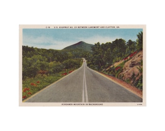 GEORGIA: U.S. Route 23 Between Lakemont and Clayton. Screamer Mountain in Background. 1940s Linen Postcard