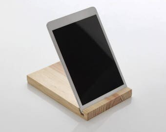 Wooden base for Ipad