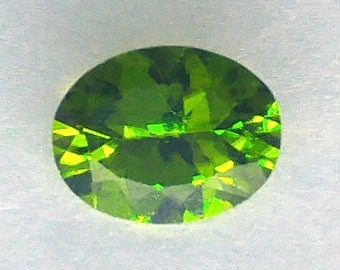 Natural 1.60 CT Oval Chinese Peridot Gemstone 9x7mm (P2V137)