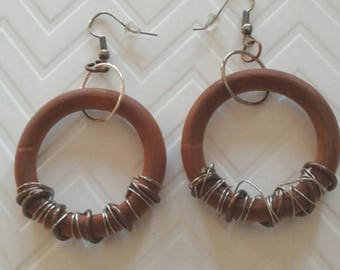 Wood and wire earrings