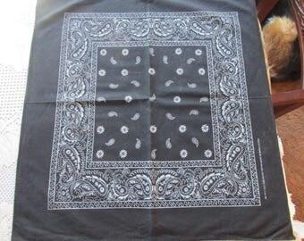 Vintage Elephant~Trunks Up Cotton~Black and White Bandana