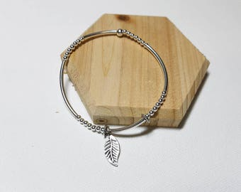 925 Sterling Silver Charm bracelet with Cute Leaf Charm, Stretch Bracelet, Layered Bracelet