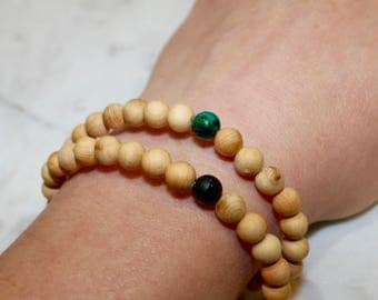 Beaded rosewood bracelet with turquoise accent bead