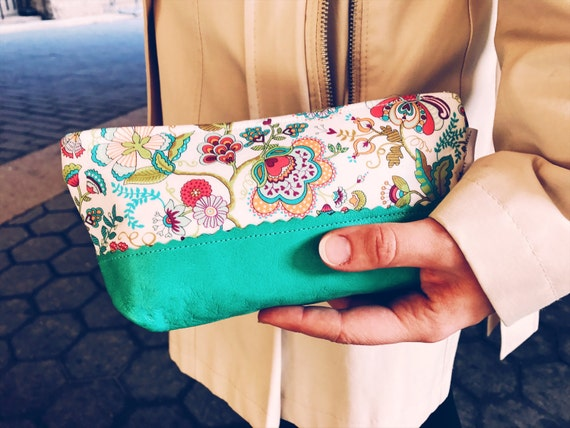 Leather Pouch Paisley, Makeup Bag, Cosmetic Bag, Leather Toiletry Bag, Cosmetic Pouch, Makeup Pouch