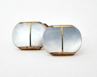 Mother of Pearl Cufflinks- Vintage 1940's Mens Unisex Jewelry - Groom Groomsman Father Gift