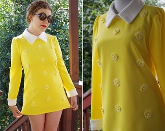 BUTTERCUP 1990's does 60's Vintage Bright Yellow Daisy ULTRA Mini Shift Dress w/ Long Sleeves + White Cuffs // size Small Petite