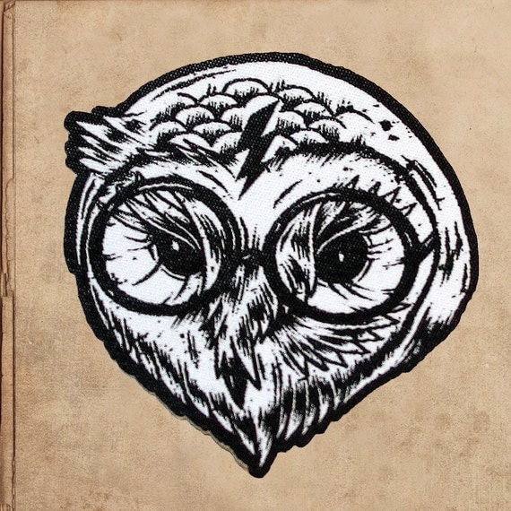 """Potter Owl Hedwig woven patch - iron on backing 4"""" tall"""