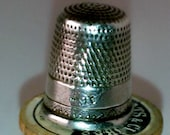 Vintage Sterling Silver Thimble Marked Simmons Brothers PA