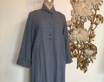 Fall sale 1940s coat swing coat a line coat size medium film noir gray coat over the knee vintage coat 40s outerwear