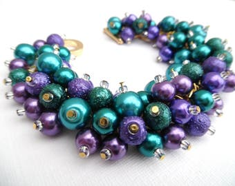 Set of 4 Peacock Wedding Bracelets, Peacocl Colours, Pearl Beaded Bracelet, Bridesmaid Jewelry, Cluster Bracelet, Purple Bridesmaid Gift