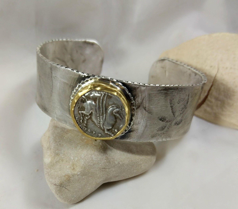22kt Gold Platinum: Cuff Bracelet Silver 22 Kt Gold And Ancient Greek Coin