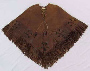 SAKS FIFTH AVENUE Vtg Hippie Boho 60s 70s Tan Brown Leather Floral Fringe Poncho