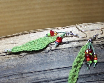 A sens of nature...earrings, Bijoux Tricot, leaves, cherry, little fruits, green, red, orange,garden, jewel, Made in Quebec