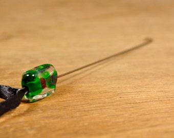 Spinner's Fetch Hook (Orifice hook) Green Swirls