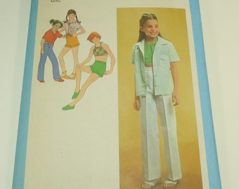 Simplicity Girls' Shirt, Bias Halter, Pants And Shorts Pattern 9051 Size 7