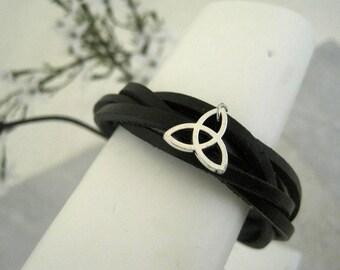 Black Leather Triqueta Irish Knot Bracelet Cuff