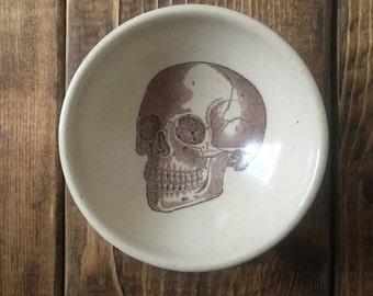 Skull white stoneware earring bowl