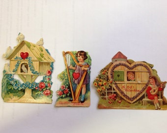 Vintage Set of 20s or 30s Valentines Mechanical Window Birdhouse Harp